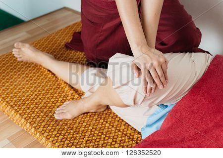 Massage series : Thai foot and leg massage