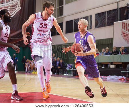 Bc Royal Hali Gaziantep Aliaksandr Kudrautsau (41) Drives To The Basket