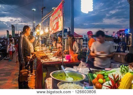 Bangsaen, Chonburi Thailand - November 15, 2014: Street Food Vendors Selling A Variety Of Local Foods On Bangsaen Bike Week 2014 Chonburi Province Thailand.