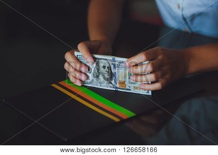 Money In Human Hands, Women Dollars