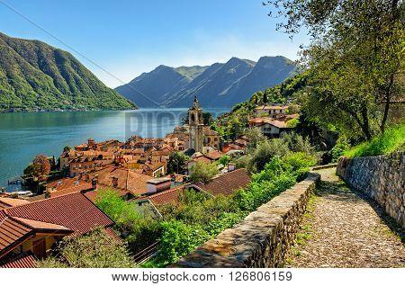 Lago di Como (Lake Como) Colonno and Greenway track