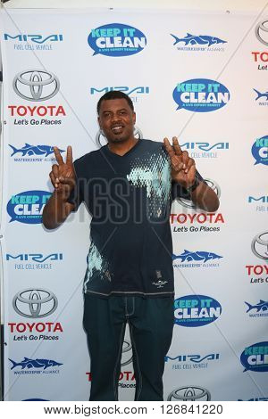 LAS VEGAS - APR 21:  Gerald 'Slink' Johnson at the Keep It Clean Comedy Benefit For Waterkeeper at the Avalon Hollywood on April 21, 2016 in Los Angeles, CA