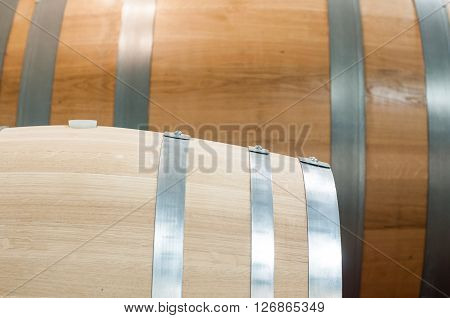 oak barrels that are used to make the wine hone