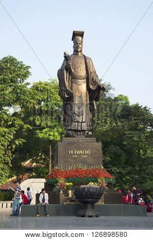HANOI, VIETNAM - DECEMBER 13, 2015: The monument of Emperor Ly Thai To. The landmark of Hanoi, Vietnam