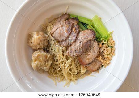 Egg Noodle With Red Roast Pork
