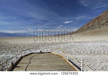Bad Water Basine in Death Valley (California) - view