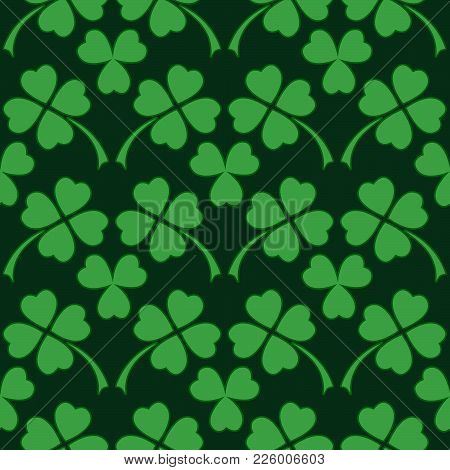 Green Clover Leaf Seamless Pattern