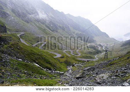 Transfagarasan Mountain Road, Romanian Carpathians. Transfagarasan Road In Romanian Mountains. Windi