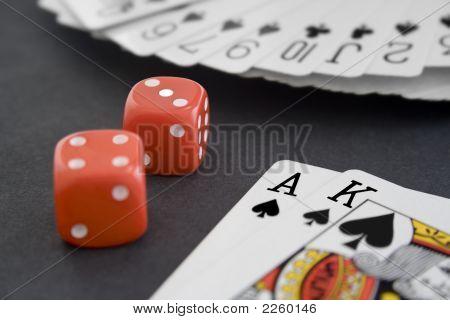 Cards  Dice  2007 10 29  1746