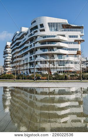 Citylife New District In Milan With Modern And Luxurious Residencial And Corporate Buildings. Hadid