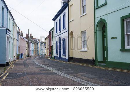 Appledore, Devon, Uk - October 24, 2009: Row Of Quaint Cottages On Irsha Street In The Decon Village