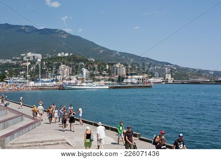 Crimea, Yalta- August 10, 2012: View Of The Embankment Of Yalta. Yalta Is A Major Tourist Centre In