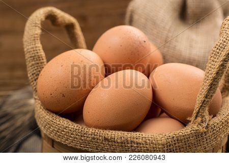Brown Cage-free Chicken Eggs