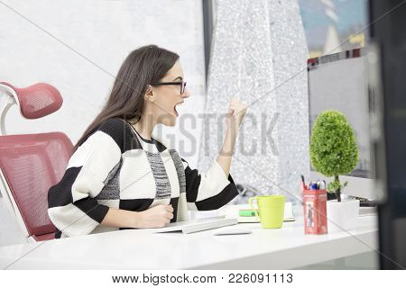 Stressed Female Freelancer Screaming In Shock, Having Serious Computer Problem. Horrified Student Gi