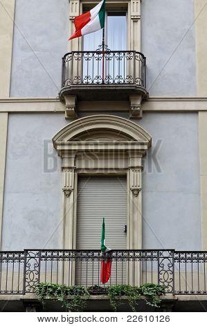 Closed Italian Balcony