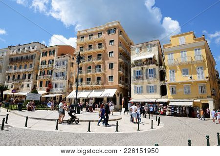 Kerkyra, Greees - May 17: The Tourists Are On Street And In Cafes On May 17, 2016 In Kerkyra, Greece