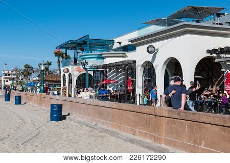 San Diego, California - February 9, 2018:  People Enjoy A Sunny Day At The Shops And Restaurants Alo