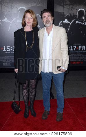 LOS ANGELES - FEB 5:  Ann Cusack, Jim Piddock at the