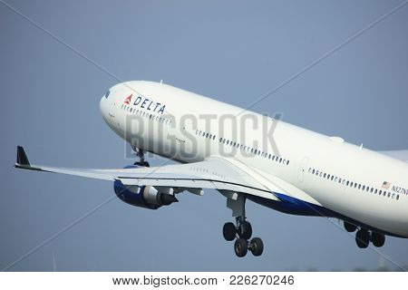Amsterdam The Netherlands - May 6th, 2017:n822nw Delta Air Lines Airbus A330 Takeoff From Polderbaan