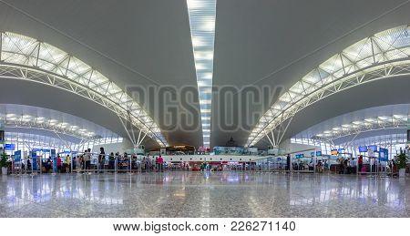 Hanoi, Vietnam - Apr 29, 2016: Panorama View Of Check-in Lounge Of Noi Bai International Airport T2