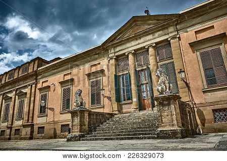 Florence, Italy - May 19, 2017: The Beautiful Architecture Of The Meridian Palace, Which Houses The