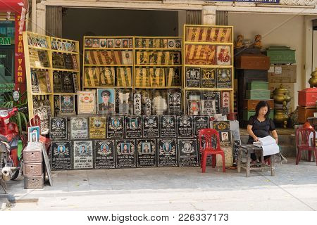 Hanoi, Vietnam - Apr 5, 2015: Exterior Front View Of A Stone Portray Carving Store In Hang Mam Stree