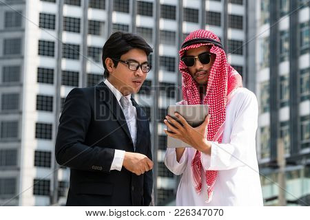 Arab Man And Business Man Discussion