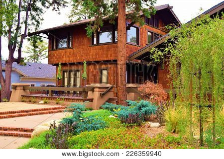 Rustic Style Contemporary Home With A Large Patio And Drought Tolerant Landscaping Taken In A Reside