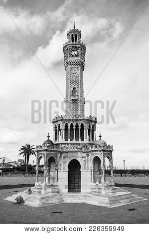 Konak Square, Historical Clock Tower, It Was Built In 1901 And Accepted As The Official Symbol Of Iz