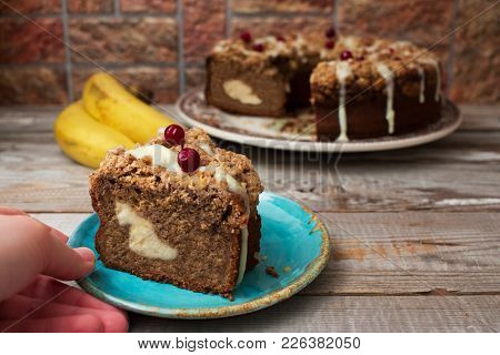 Banana Circle Cake.