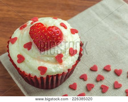 Close-up Image Of Red Velvet Strawberry Cup Cake With Heart Shape Sugar, Valentine Concept, Copy Spa