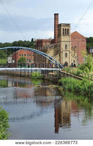 Sheffield - City In South Yorkshire, Uk. River Don Footbridge.