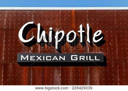 Lafayette - Circa February 2018: Chipotle Mexican Grill Restaurant. Chipotle Is A Chain Of Burrito F