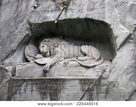 Rock Relief Of Lion Monument In Stone Wall In Swiss City Of Lucerne In  Switzerland In 2017 Sunny Wa