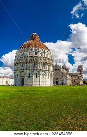 Piazza Dei Miracoli (square Of Miracles) - Baptistery, Cathedral And The Leaning Tower - Pisa, Italy