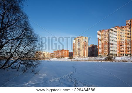 A New Residential District On The Banks Of The River Pekhorka In Winter. Balashikha, Moscow Region,