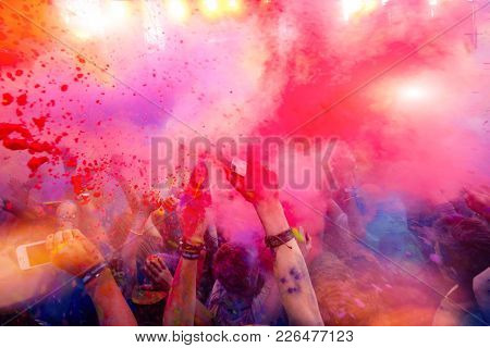 People Rush Blue And Red Paint On Holi Celebration 9 September 2017 Moldova Chisinau Darwin Color Fe