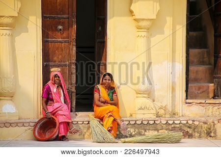 Amber, India - November 13: Unidentified Women Rest In The Second Courtyard Of Amber Fort On Novembe