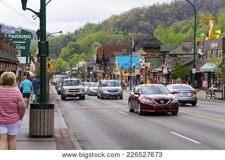 Gatlinburg, Tn; April 16, 2017: A Shot Of Car Traffic On A Main Street In Gatlinburg, Tennessee.