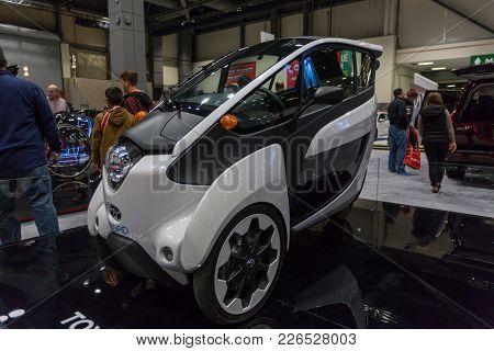 Seattle, Wa - November 12, 2017: Seattle International Auto Show. Luxury Sleek And Stylish Sports Se