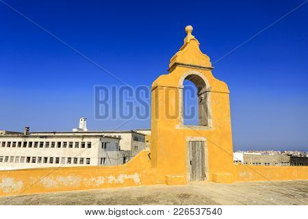 Peniche, Portugal - October 8, 2017: Detail Of The Circular Bastion (baluarte Redondo) Within The Si