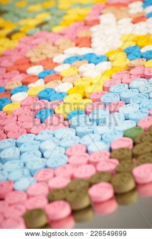 Lot Of Pills Of Mdma (extasy) Distributed By Drug Dealer Seized By Legal Authority