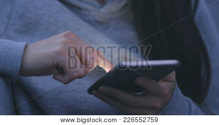 Using mobile phone at night