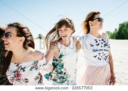 Beautiful Stylish Happy Sexy Slim Young Girls On Background Of Nature Sand Beach. Party In Style Boh