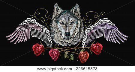 Embroidery Wolf, Wings And Roses. Embroidery Wolf. Fashion Modern Embroidery Wolf  Head Red Roses An