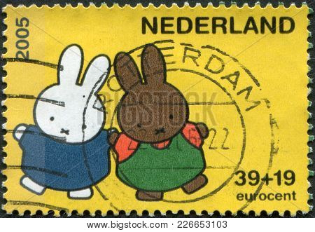 Netherlands - Circa 2005: A Stamp Printed In The Netherlands, Shows Miffy The Bunny, By Dick Bruna,