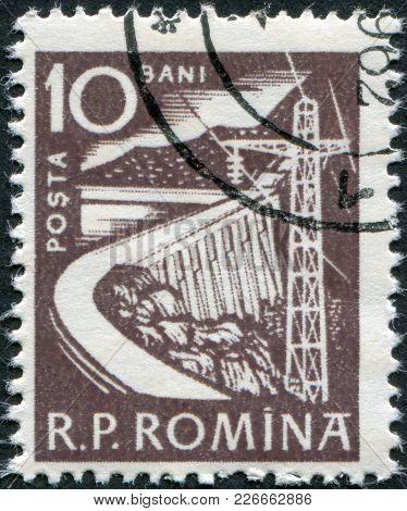 Romania - Circa 1960: A Stamp Printed In The Romania, Depicts Dam, Circa 1960