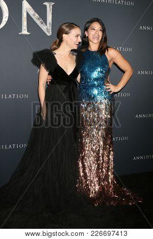 LOS ANGELES - FEB 13:  Natalie Portman, Gina Rodriguez at the