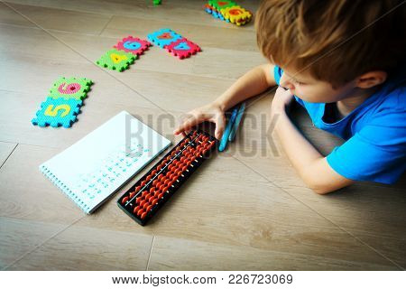 Little Boy Learning Numbers, Mental Arithmetic, Abacus Calculation