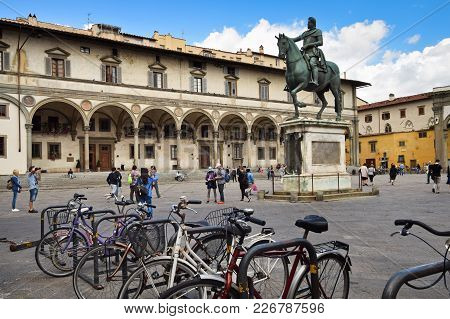 Florence, Italy - September 17, 2017:  Piazza Della Santissima Annunziata; A Busy Paved Square Nearb